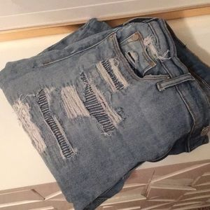 HUDSON Distressed High Waisted Skinny Jeans